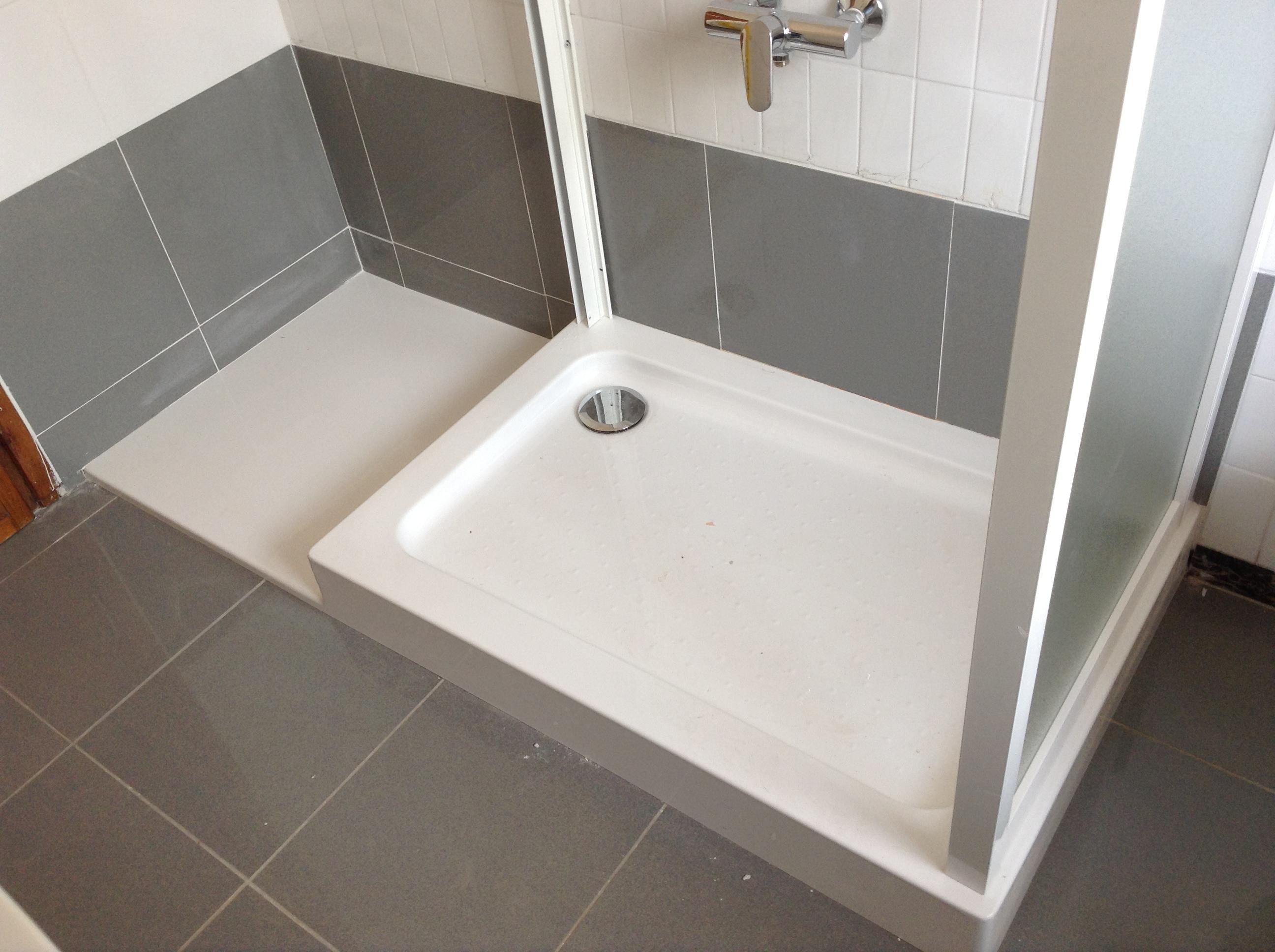 Idee Bagno Piccolo Con Doccia : Come trasformare la vasca in doccia ...